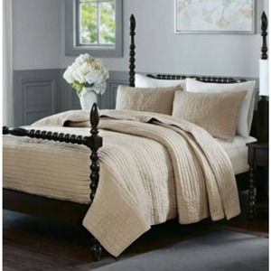 Madison Park King Cotton Hand Quilted Coverlet Set